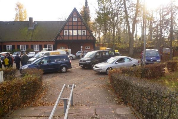 Sammelplatz Ratekauer Rathhaus